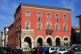 1280px-Municipio_Campagnano