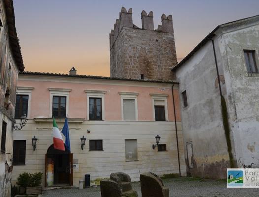 Palazzo baronale degli Anguillara a Calcata, sede degli uffici del Parco Valle del Treja
